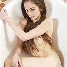 Mirabell in the tub